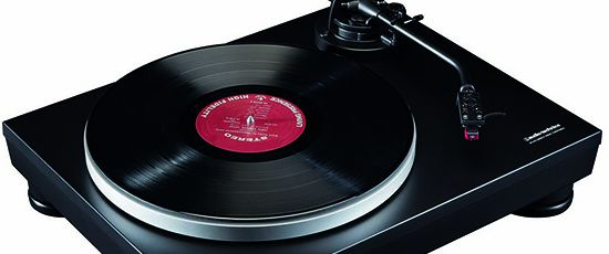 New Audio-Technica AT-LP5 USB turntable