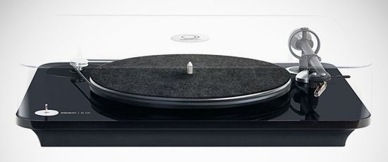 Elipson announces Alpha and Omega turntables