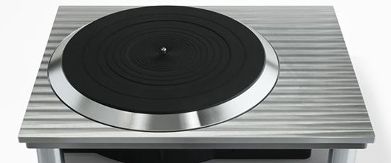 Panasonic relaunches Technics turntable line